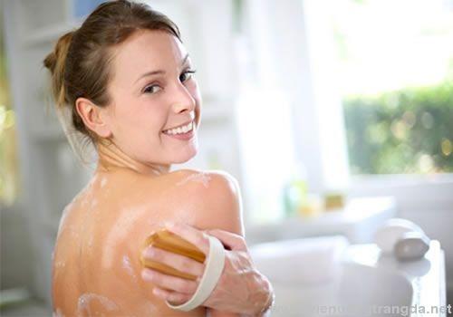 Top thương hiệu sữa tắm trắng da tốt nhất đến từ các nước khác nhau