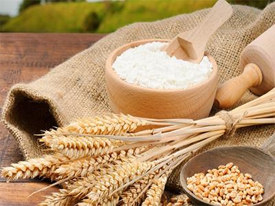 Các cách tắm trắng tự nhiên nhanh nhất với bột mì mà không sợ bắt nắng