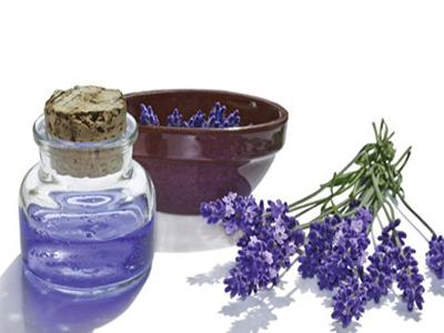 """Trắng đẹp hoàn hảo với 3 sản phẩm tắm trắng lavender """"ăn khách"""" nhất hiện nay"""