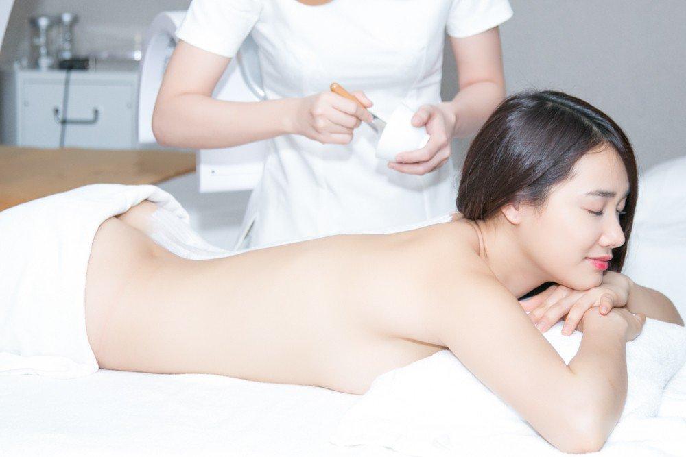 tắm trắng yuki onna