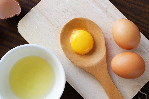 Lột xác hoàn toàn với phương pháp tắm trắng bằng trứng gà